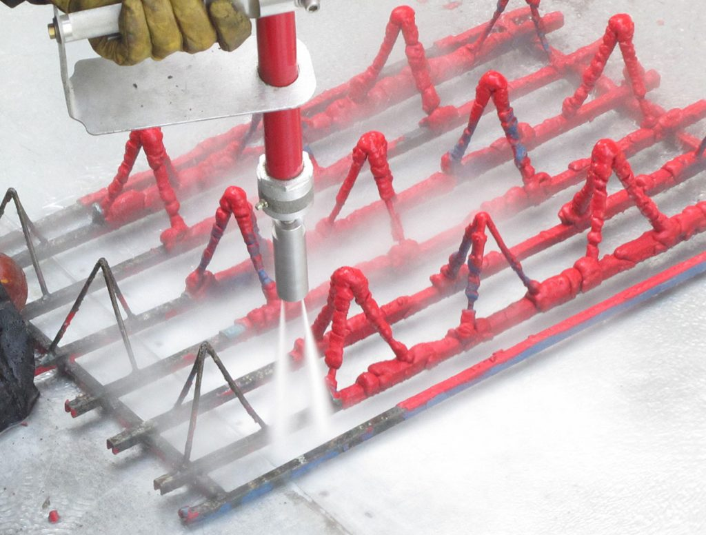 Supports - trays for workpieces. Manual cleaning in dedicated area.